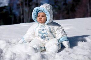 Комбинезон для ребенка на зиму